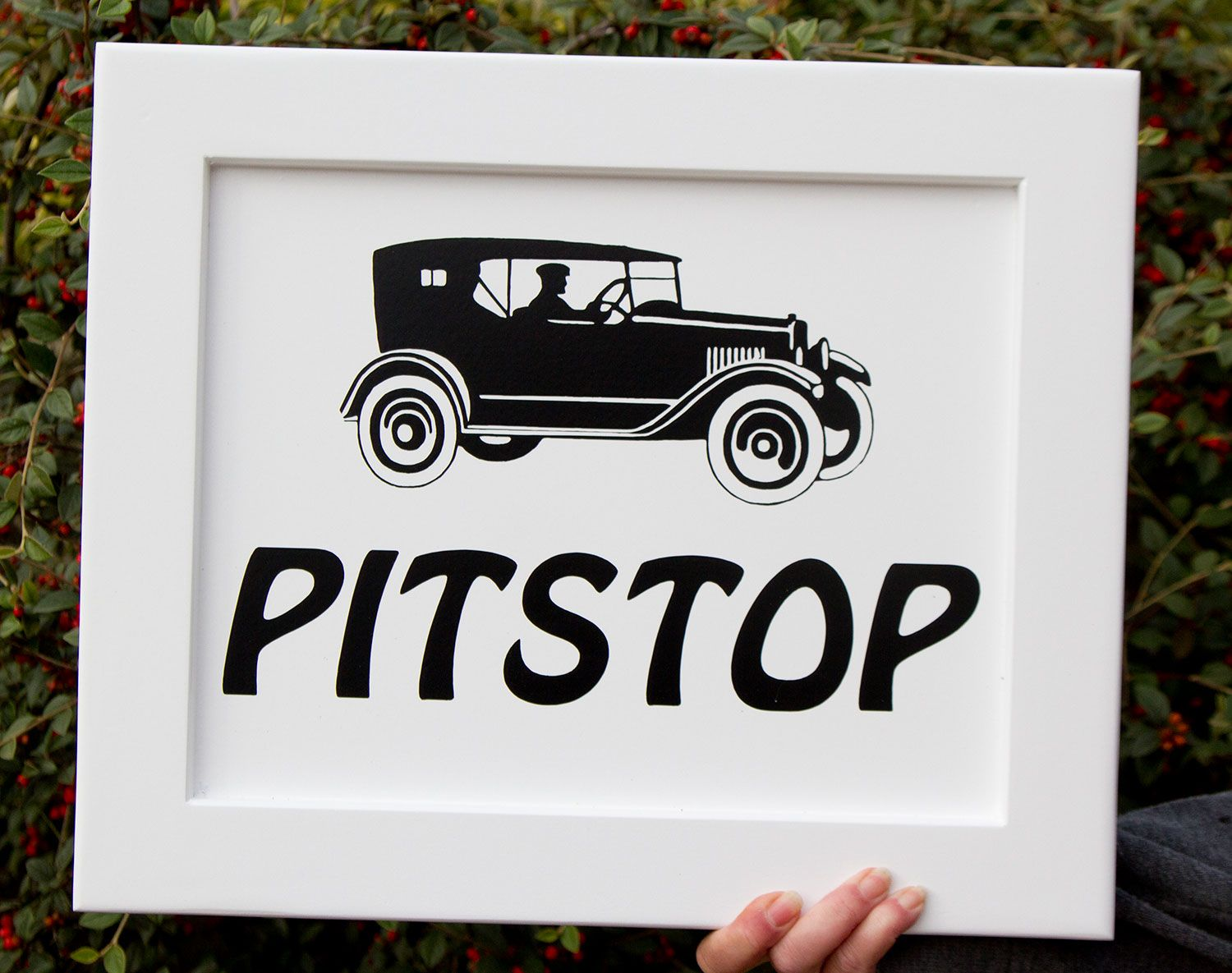 Online Sign Maker/ Traditional Painted Framed Signs